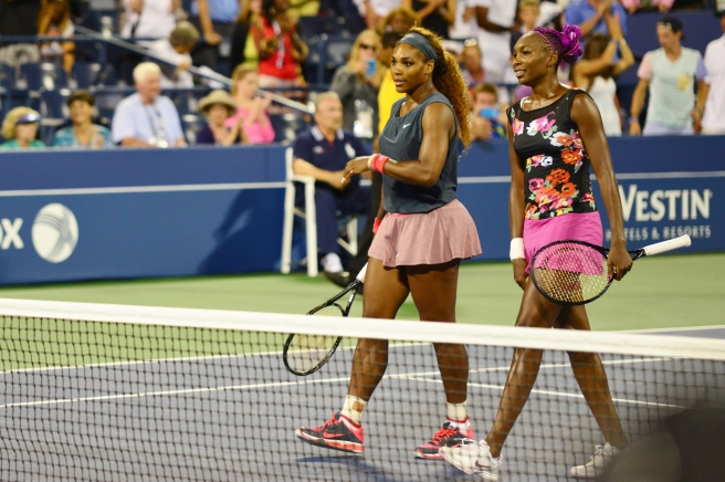 serena_and_venus_williams_9630777503
